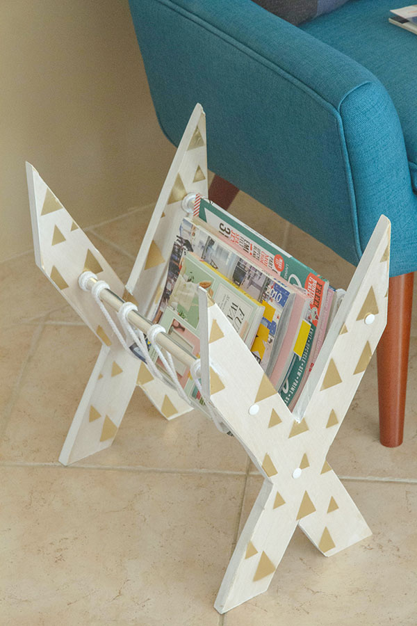 X-Shaped-Newspaper-Rack-19
