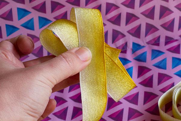Flower-Ribbon-Step-3