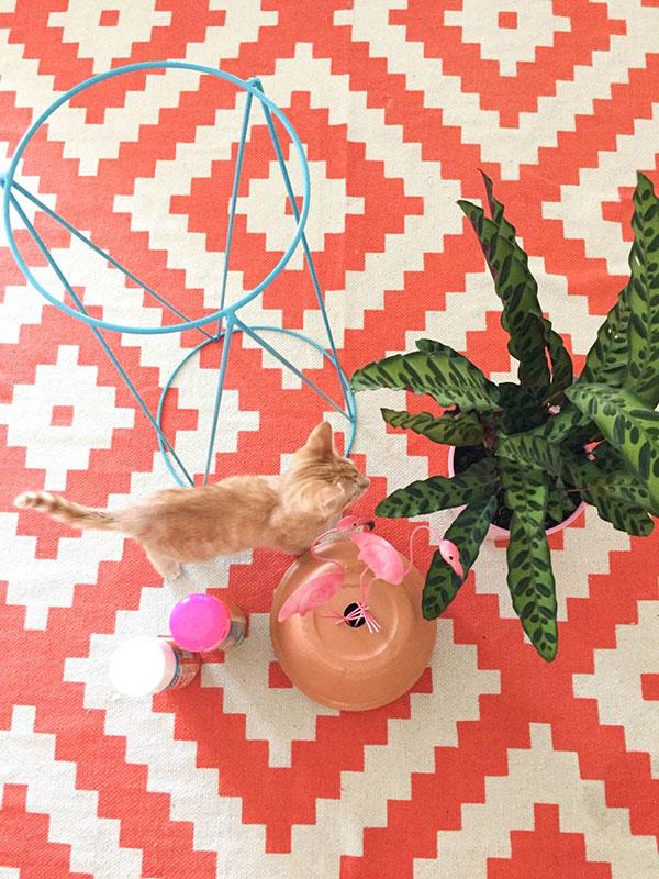 Flamingo-Pot-Stand-DIY-8