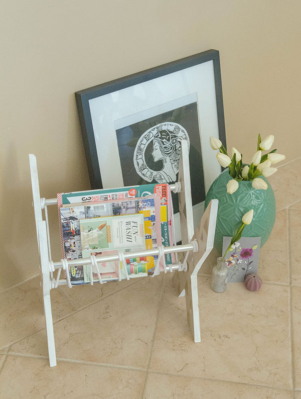 X-Shaped-Newspaper-Rack-23