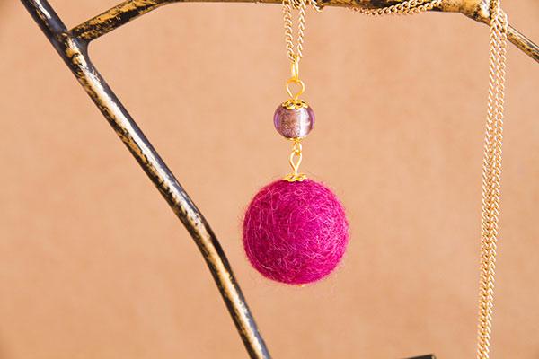Clever-Patch-Felt-Necklace-5
